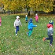 zabki-jesienny-spacer